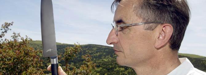 """""""En cocciones cortas se aprecia la perfección; en cambio, en las largas, el ingenio y la armonía"""" Michel Bras http://t.co/hhGeS3ireq"""