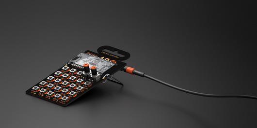 News: Teenage Engineering、ポケットに入るシンセサイザーPocket Operatorを発表 http://t.co/7S46E9giNC http://t.co/6MftBAkgdq