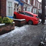 Car crashes into front of Sheffield house as snow hits the north http://t.co/VPnhKEd2DA http://t.co/FYThOEcyex