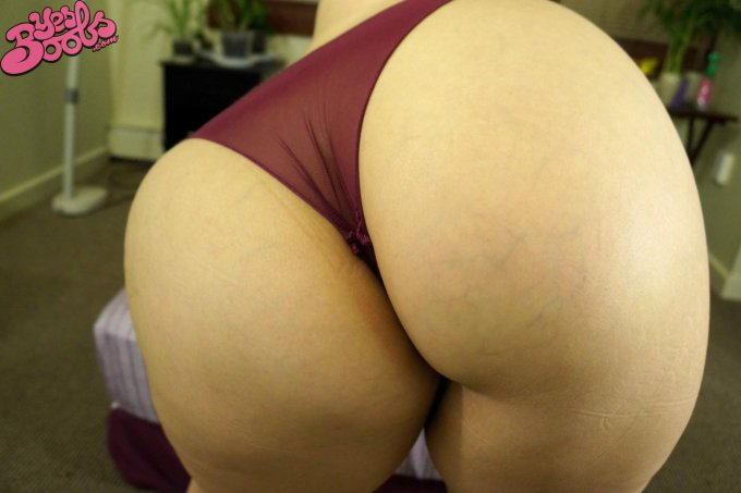 Its #AssWednesday! Don't miss out on my new set this week! http://t.co/4IPbamoBSw #yesboobs #booty #ass