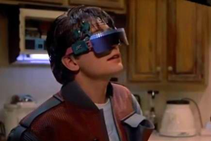 OMG. Marty McFly used Microsoft's #HoloLens in Back to the Future II, which takes place in... 2015!  #BTTF #Win10 http://t.co/7udvvs5cp8