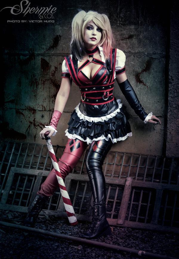 Harley par Shermie #cosplay #DC http://t.co/bi6Fd6Cgmt