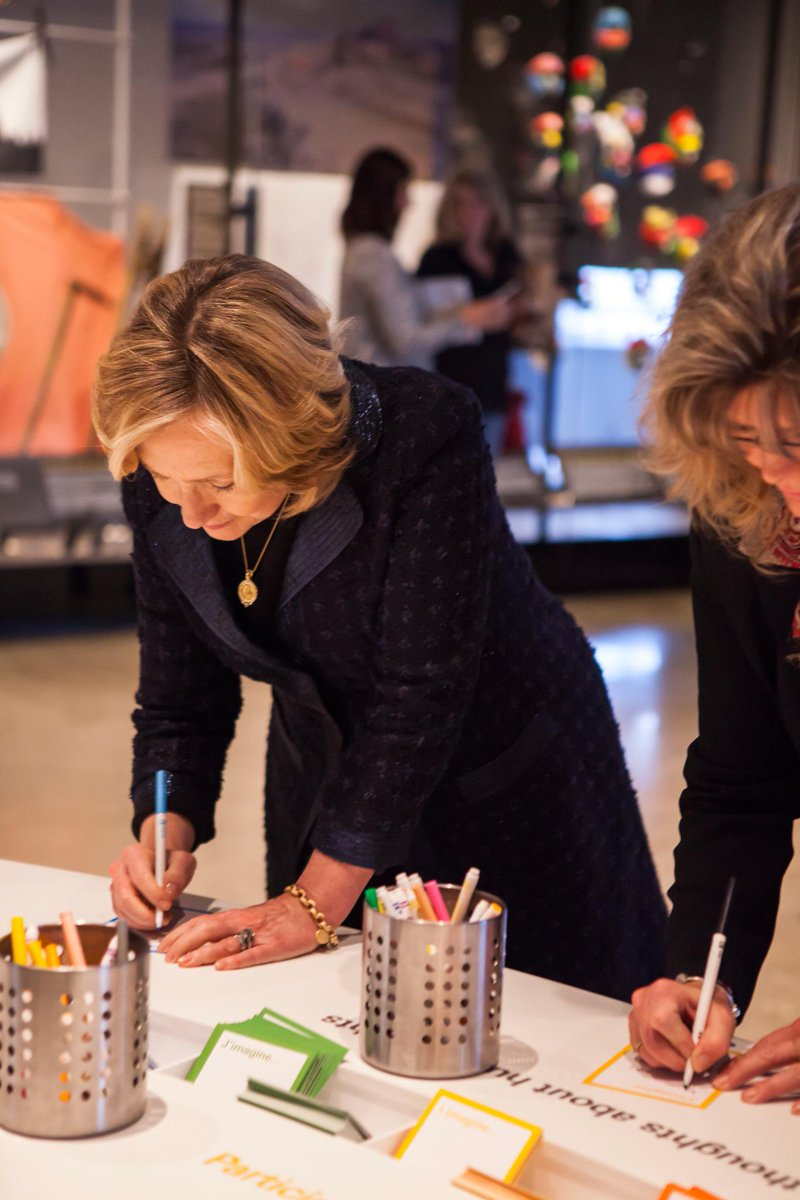 Today we welcomed @HillaryClinton, who left an inspiring note behind. http://t.co/uXTjcbOuqt