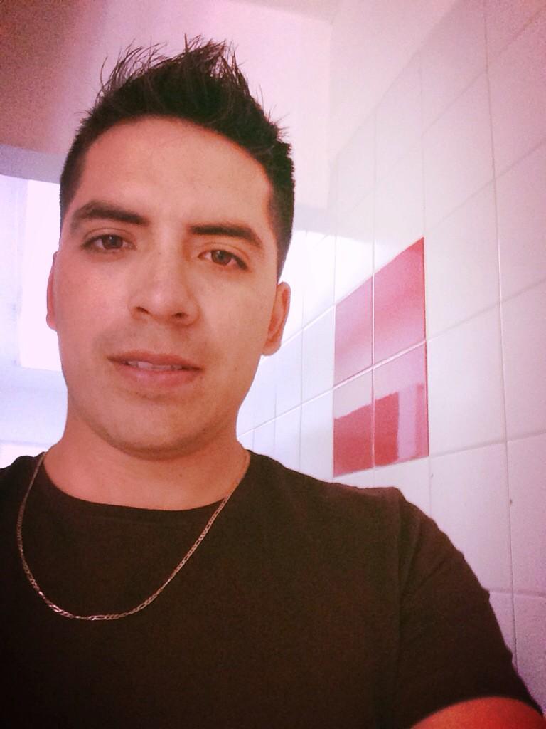 Arturo Vargas Rios (@LosPrimosArturo): Pa todas mis fans http://t.co/oLcv6IlyX2