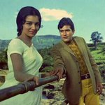 """""""@wangyachbharit: First use of selfie stick... By asha parkh n rajesh khanna... @onetiponehand_ @Being_Humor"""