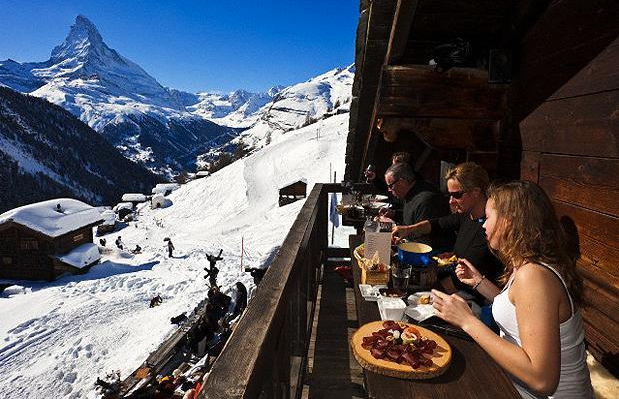 The world's ten best mountain restaurants |#valais @zermatt_tourism via @Telegraph http://t.co/59K2cr3aOj http://t.co/cuF8FoGU2y