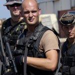 СМИ: На стороне Киева в Донбассе воюют наёмники из Blackwater http://t.co/S7iA1C9wAe http://t.co/1DlKaAeEMA