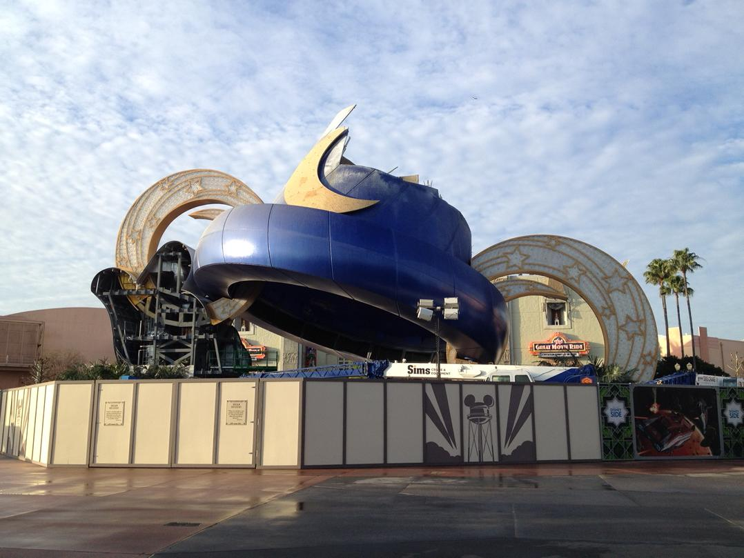 Mickey's hand and more of the Sorcerer's Hat gone today at Disney's Hollywood Studios http://t.co/wAtrYbBBX5
