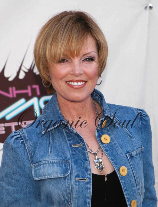 Happy Birthday from Organic Soul Singer and four-time Grammy winner, Pat Benatar is 62