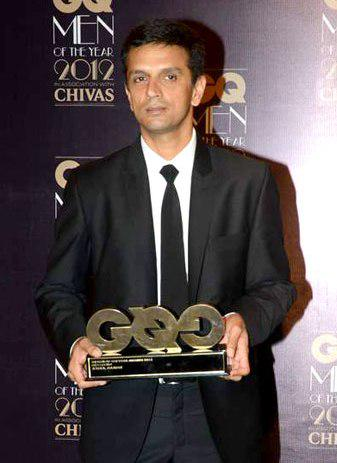 "Many more Happy returns of the day  To ""THE GREAT WALL OF INDIA\""  Happy Birthday Rahul Dravid Sirr.."