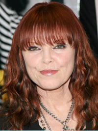 I wanna wish a happy 62nd birthday 2 Pat Benatar I hope she has a great day with her family & friends