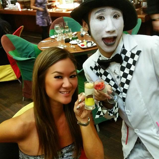 Trying to get the magician drunk. #travel #ccfoodtravel #shooksundaybrunch http://t.co/LD2diAjJn5