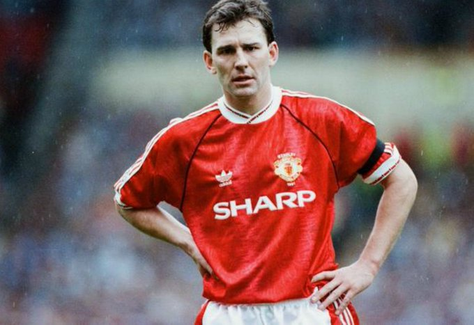 Happy 58th Birthday to legend and former club captain Bryan Robson!