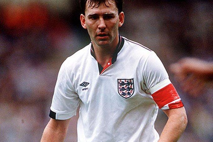 Happy 58th Birthday to & legend Bryan Robson!