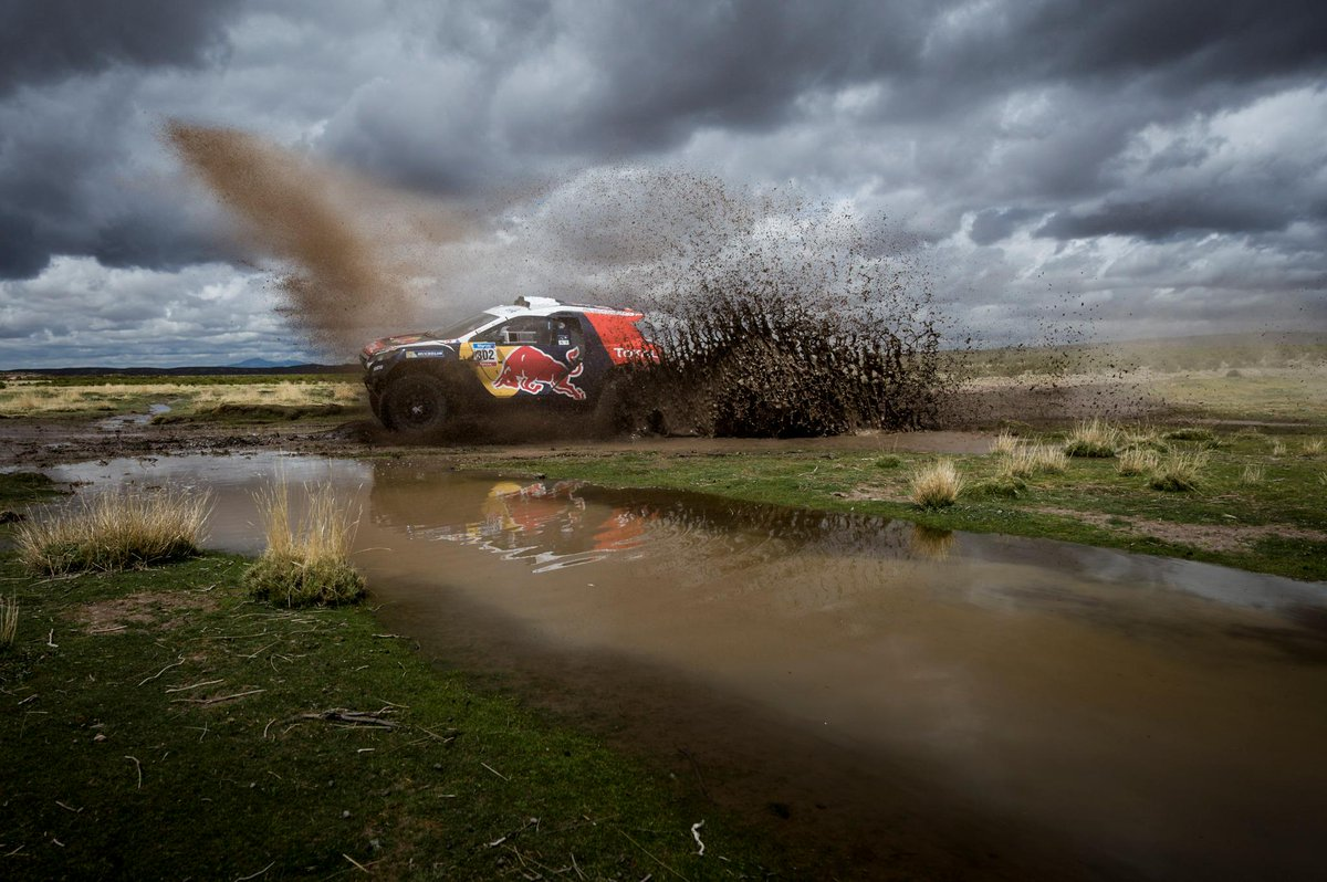 A change of conditions for @cyrildespres @s_peterhansel in Bolivia! #Dakar #Peugeot2008DKR http://t.co/yv8B3sF8VD