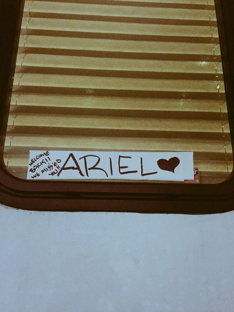 1 of the MANY reasons I ❤️ being a part of this special show: the AWESOME people who make it happen #Ariel @OnceABC http://t.co/LYbrZcjpxY