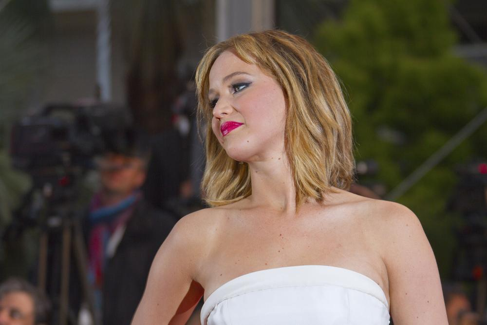 Jennifer Lawrence skipped the #GoldenGlobes to dine at @BriccoNorthEnd: http://t.co/g9rlBJ5Pom http://t.co/3lubet5NNd