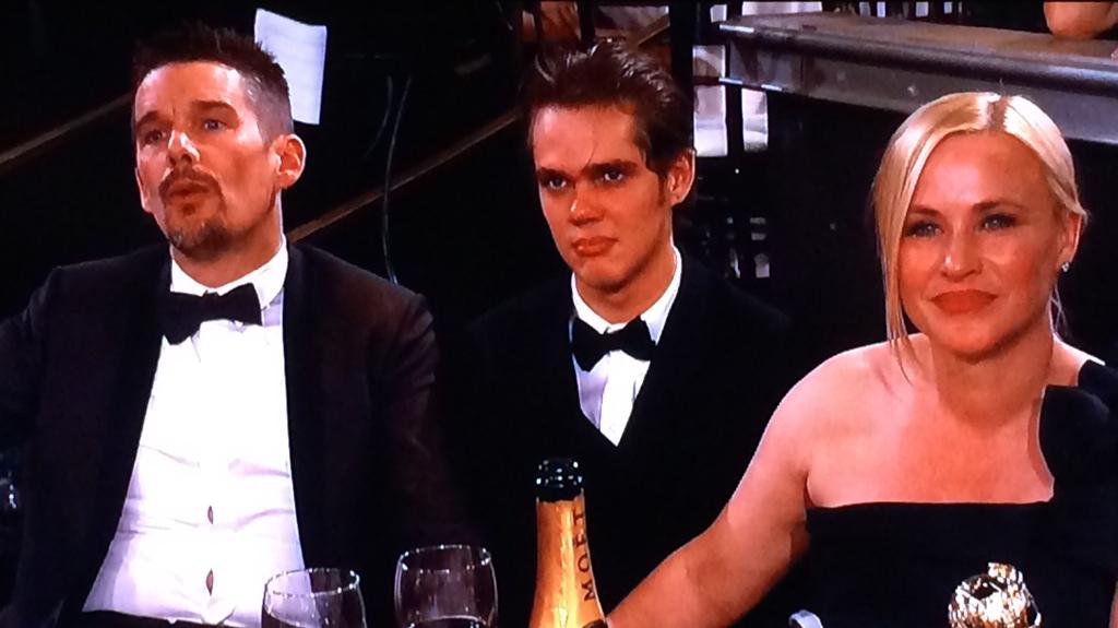 Still feels like we're watching the Boyhood family in real time -- Year 13? #GoldenGIobes http://t.co/6QRlRp34fC