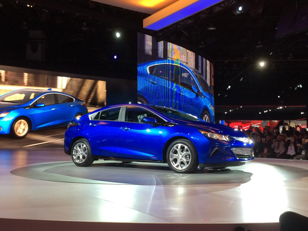 Introducing the #NextGenVolt with 50 mile #EV range, seating for 5 & more! Tomorrow is here. http://t.co/Ib9gbpjCM3