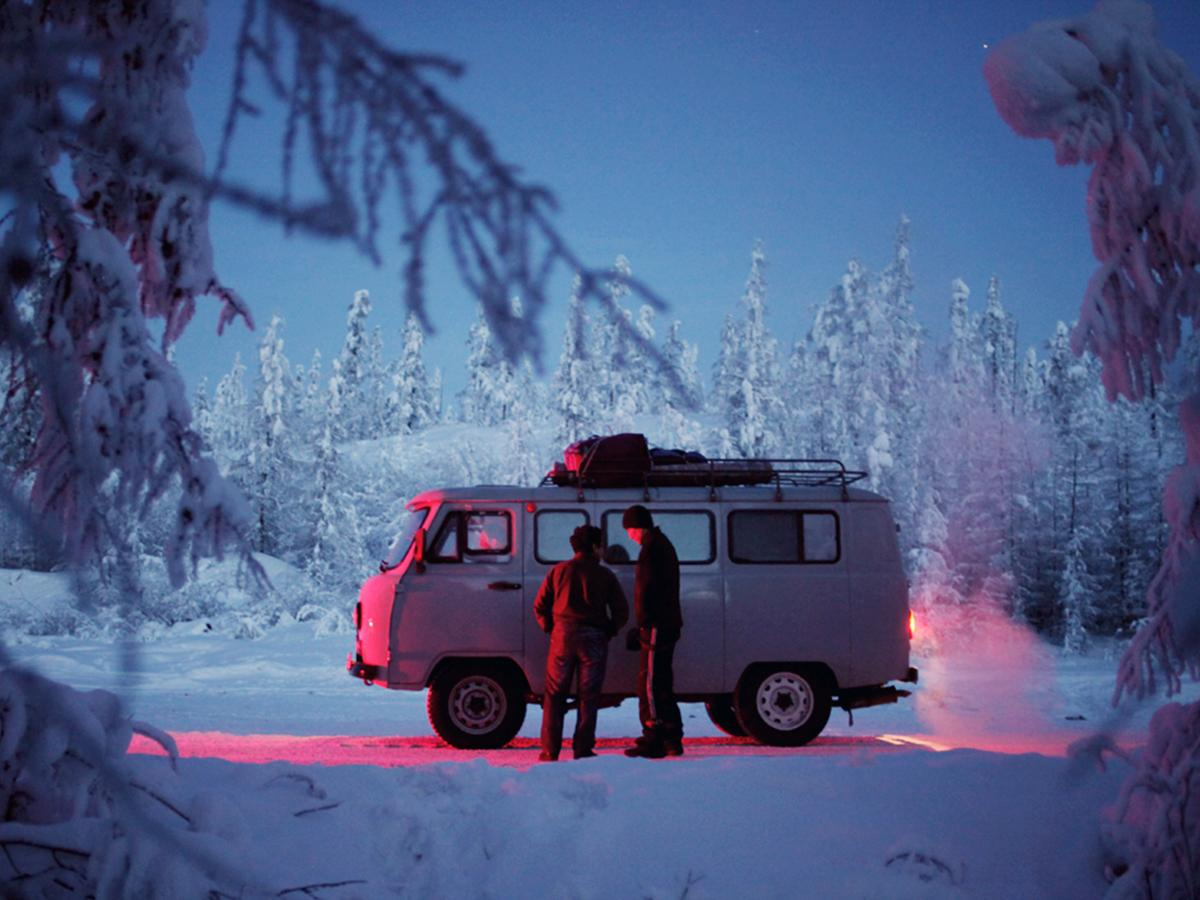 What It's Like Living in the Coldest Town on Earth @getparticulr http://t.co/maAKOkdmDg Photo: Amos Chapple http://t.co/nKnxjh549e