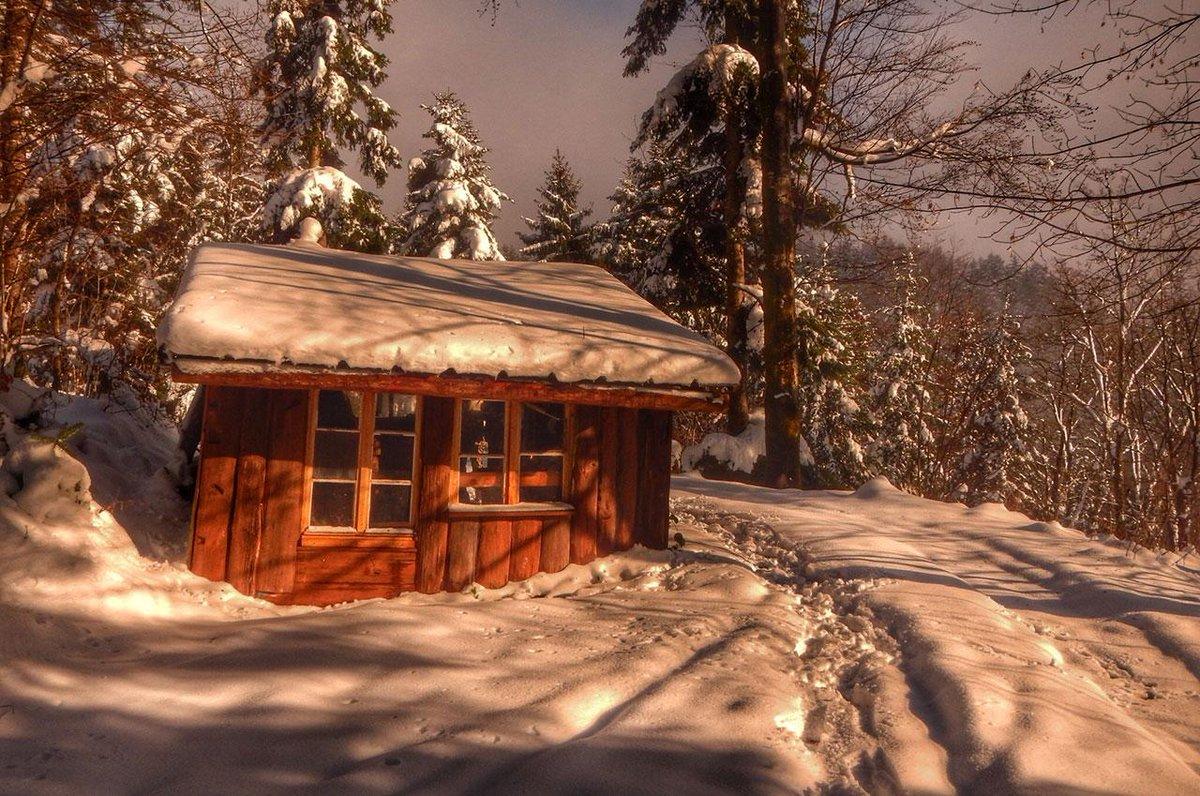 Wintertip van Op Pad reporter Erik Versantvoort: huttentocht op sneeuwschoenen in de Vogezen http://t.co/58RnKBiw8w http://t.co/3hpilIKLaM