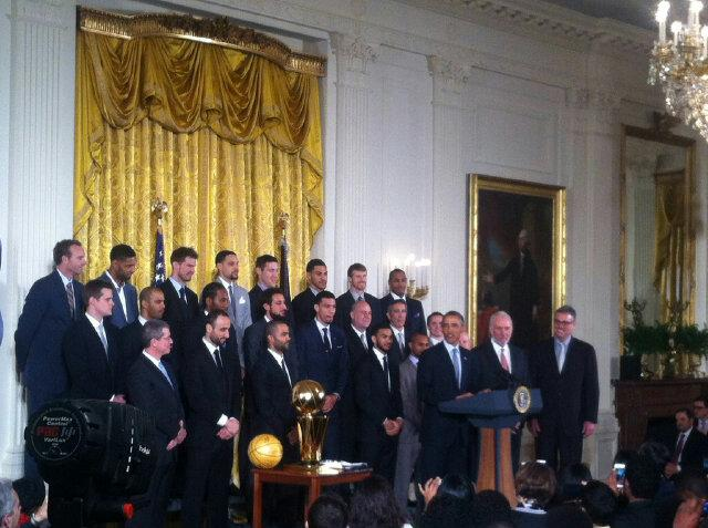 Michael Lee (@MrMichaelLee): President Obama on the #spurs.