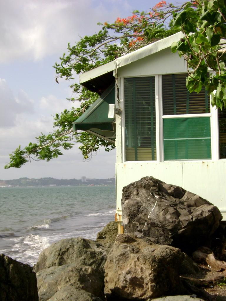 Mayaguez, the west coast of @PuertoRicoPUR La Costa Oeste de Puerto Rico http://t.co/n9OFAyAmS3