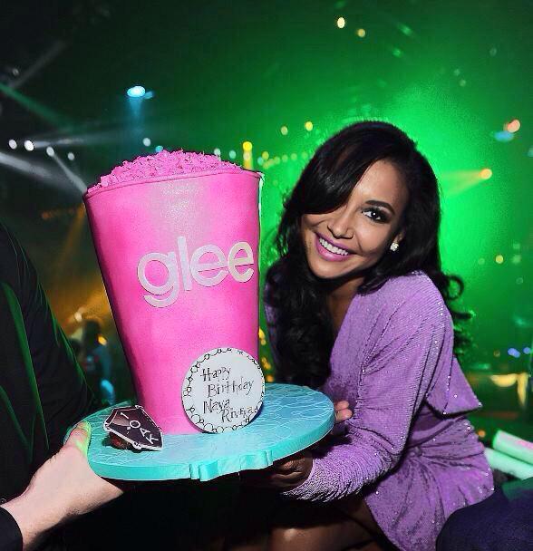 HAPPY BIRTHDAY Naya Rivera, o que seria Glee sem as ironias da Santana e muito menos Brittana