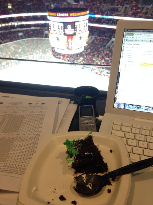 Happy birthday Claude Giroux. Thanks press box!