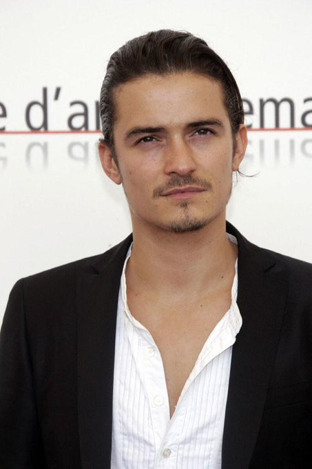 Happy birthday, Orlando Bloom!! I love you so much, thank you for being the best Legolas anybody couldve wanted!!