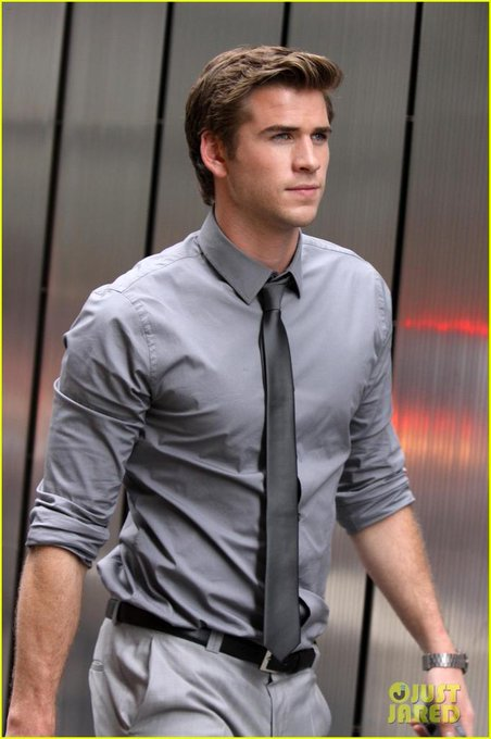 Happy 25th birthday Liam Hemsworth! I hope you\ll have a grat day!