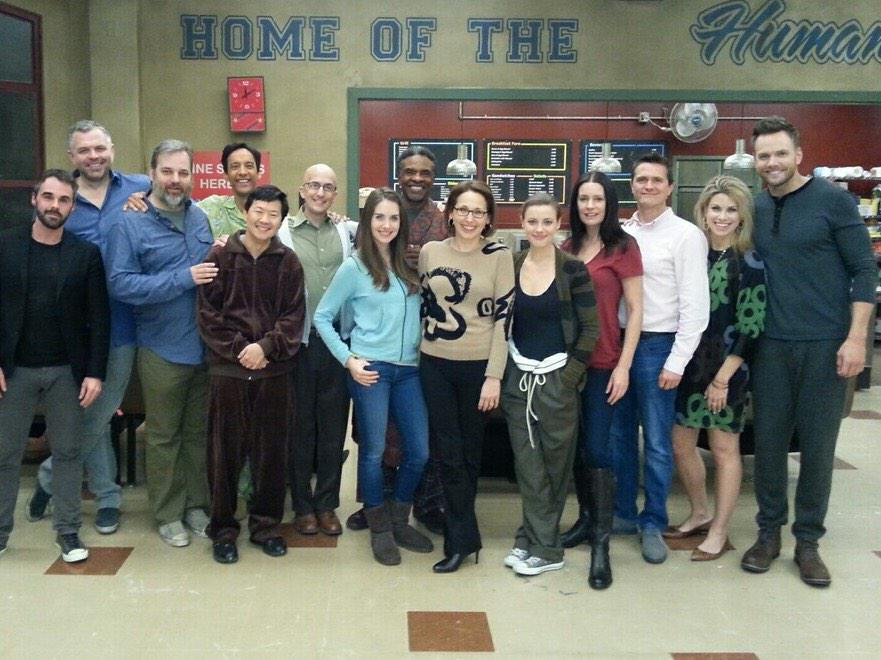 @CommunityTV cast and set visit @YahooScreen @YahooTV http://t.co/AyLrPnhNAZ