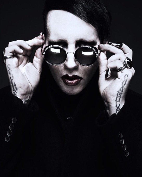 RT @marilynmanson: Hooligan. Again. Who?  MMXV http://t.co/nt3l1niedy
