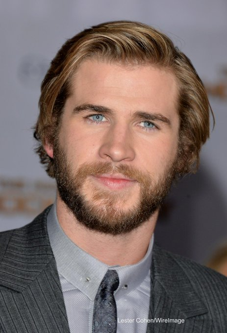 """ ¡Feliz cumpleaños Liam Hemsworth!  / Happy birthday to my brother in law."