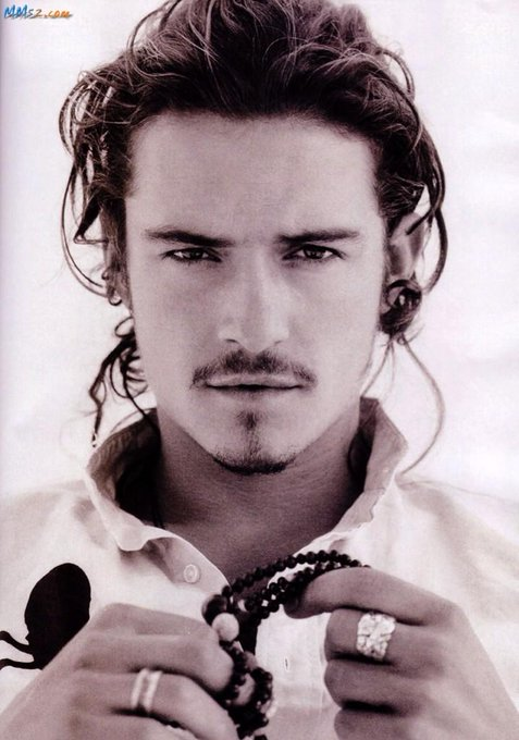 38 years ago,The Lord blessed us by having Orlando Bloom be born into the world. Happy birthday to my number one bae