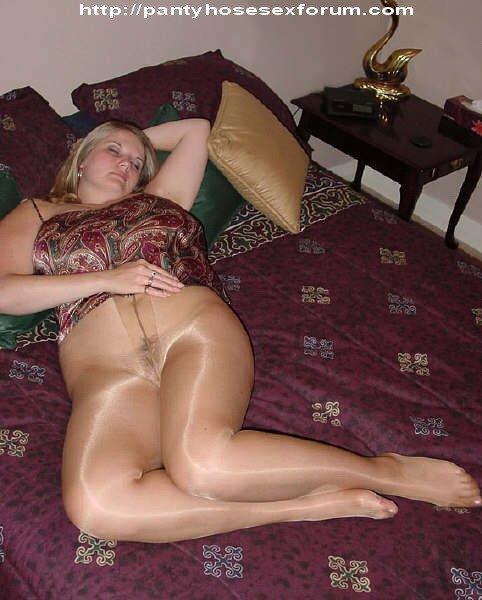 жена в колготках порно