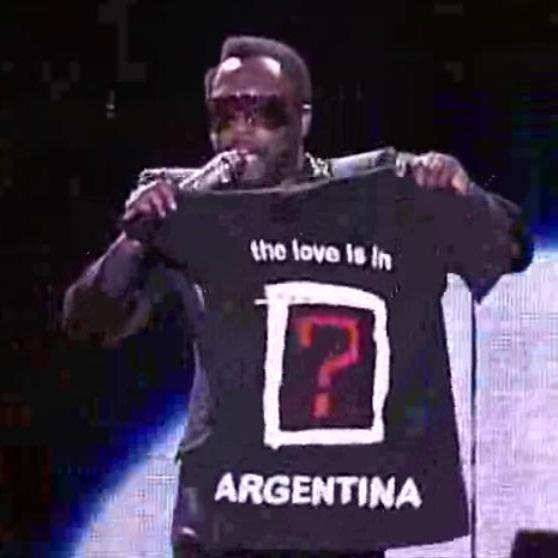 "The E.N.D World Tour. Nov. 6th 2010 @iamwill ""The love is right here, in Argentina"" #BEP20 #WhereIsTheLove #Peabodies http://t.co/VGWIiVr6hg"