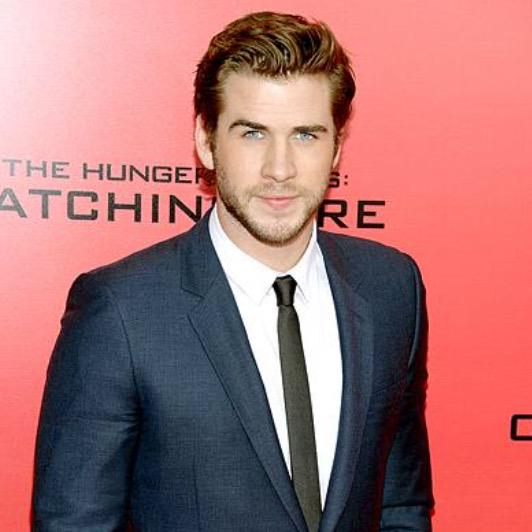 Happy birthday Liam Hemsworth! Thanks for always looking good and making movies 1000000000 times better
