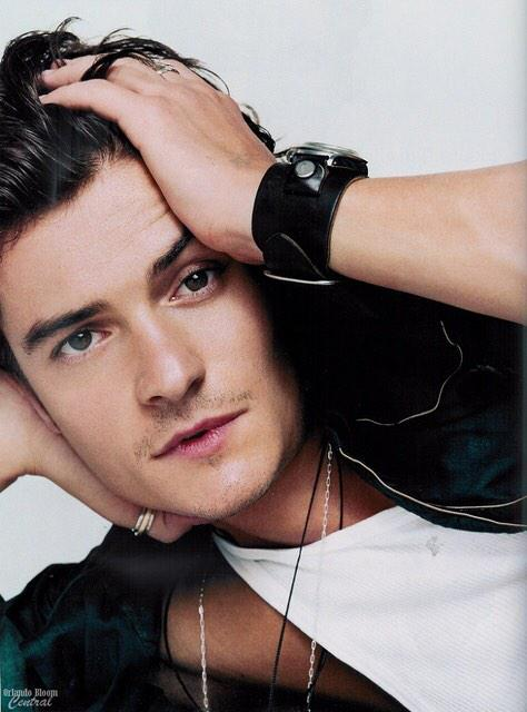 Happy birthday Orlando Bloom! We\re 21 years apart but I\m sure we could make it work