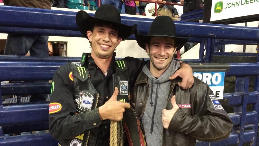 .@jbmauney rides bounty bull The Rocker to pick up the $5,000 bonus. #TPDFINALS http://t.co/HEWaIZ9fzP