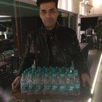 Perfect Host @karanjohar stardust awards ho ya ghar ki party - @putlu1 http://t.co/HunIJuWb4O