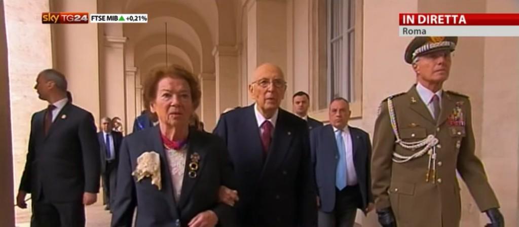 questo signore di 89 anni ha semplicemente tenuto in piedi il Paese, di fronte a spinte devastanti #GraziePresidente http://t.co/BDD9CN33oE