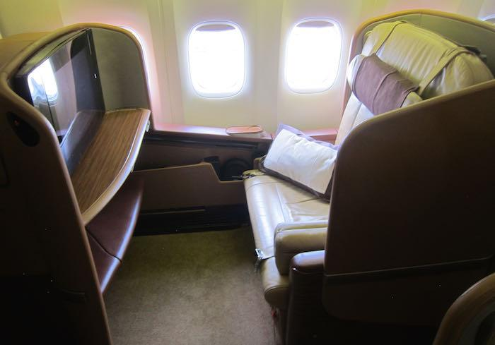 RT @OneMileataTime: Review: Singapore Airlines First Class 777-300ER Singapore To Melbourne -