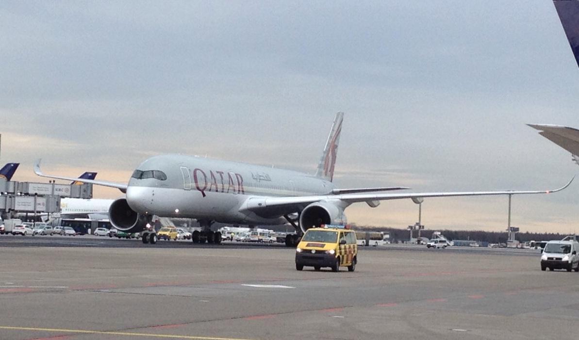 Welcome to #FRA, #QatarA350! http://t.co/AsioZ6CxqI @qatarairways @Airbus http://t.co/0lKNg2SNki