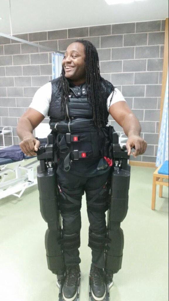 Everyone PLEASE help my Bruva Paralysed UK film producer Pikki Fearon walk again w @rexbionicsnews RT!! #pikkicanwalk http://t.co/58Z3kStDhi