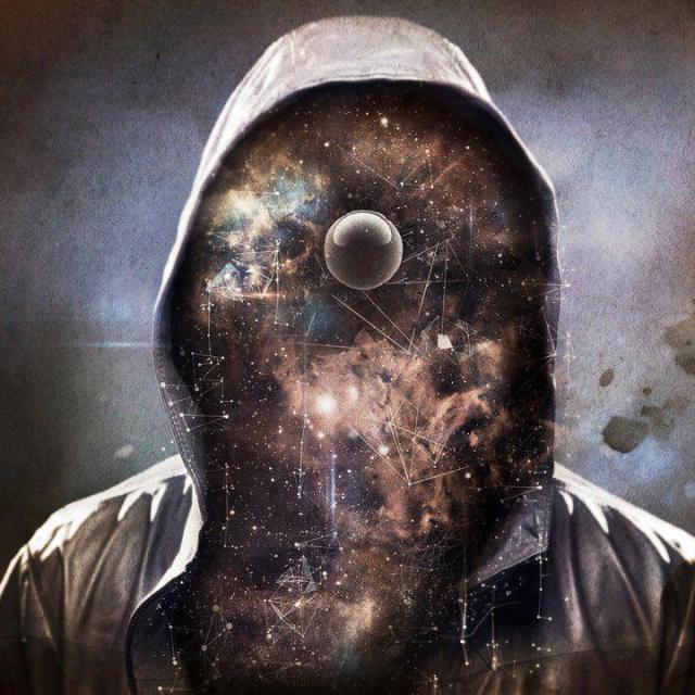 """""""أنت الكون يعبر عن نفسه في صورة إنسان لفترة قصيرة من الزمن."""" ~ إيكارد تول.. مساء العلم http://t.co/Kui9v6D1Tc"""