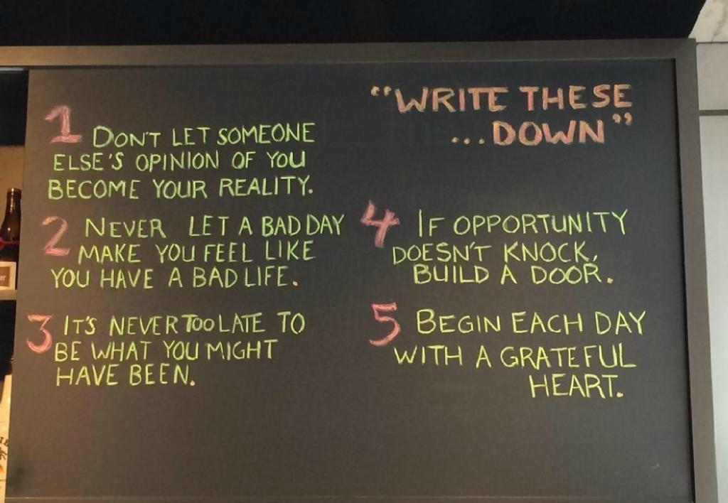 ✔ 5 Rules to Live By ✔ #wisdom #leadership #quote RT @2morrowknight @10MillionMiler http://t.co/B5sxqm6Tlb
