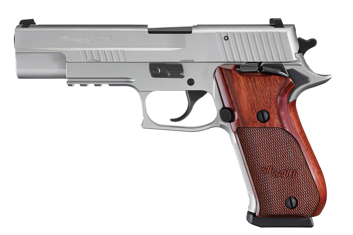 First look at the Sig Sauer P220 in 10 mm - and she's a beaut... http://t.co/4yCfFdLFZH