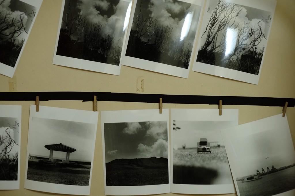 【お知らせ】 本日より月島のセコリ荘で行われる『ユートピア倶楽部(@utopia__club ) 縁日』に参加します。僕は写真のプリントを販売します。  1/17(土)~1/19(日)13時~21時 雑貨販売/食堂/居酒屋など http://t.co/z5FtMnU3Nf