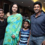 A rare picture of Kannada superstar #Puneeth Rajkumar with his family! http://t.co/jkB64XMgin